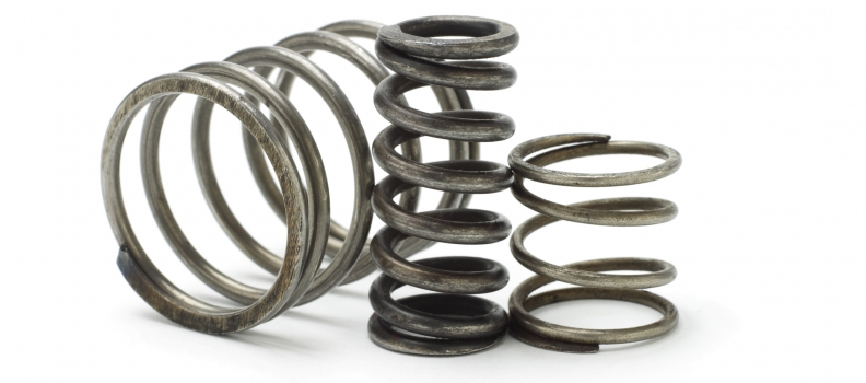 Gas struts or metal springs? Which is better to use?